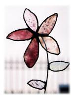 ステンドグラスのお花が完成♪